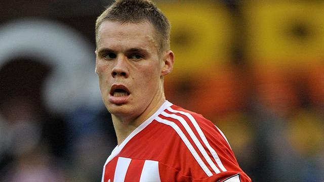 Premier League - Pulis confident Shawcross deal will be signed
