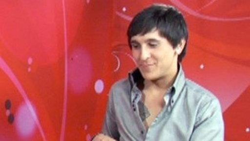 Pair of Kings: Mitchel Musso