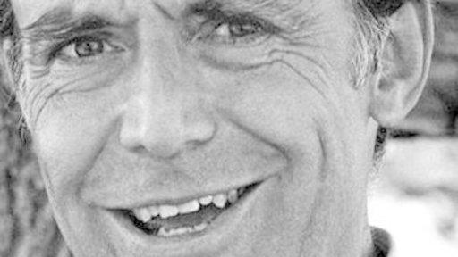 Actor Richard Bull Dies at 89