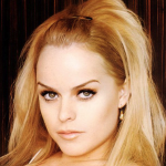 Taryn Manning To Recur On 'Orange Is The New Black', Rich Kohnke On 'Carrie Diaries'