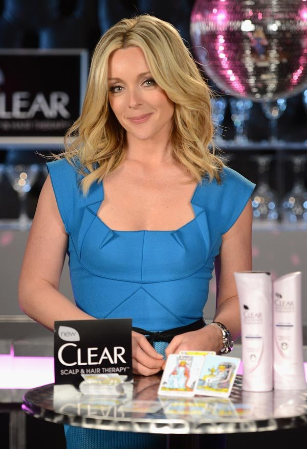 Jane Krakowski Reveals Great Hair Secrets & Stars In Clear Scalp & Hair Beauty Therapy Vignette