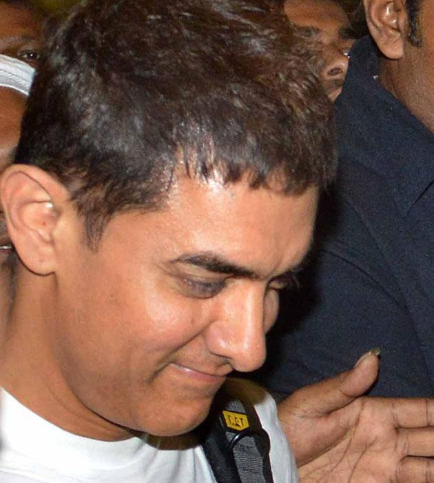 Aamir returns after hajj
