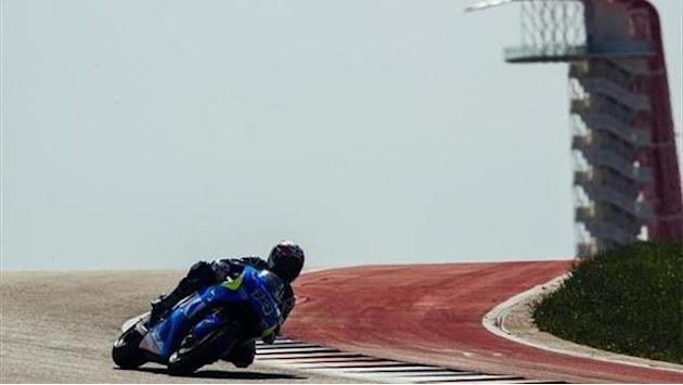 Motorcycling - De Puniet finds half a second on day two of Austin test