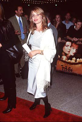 Premiere: Rosanna Arquette at the Century City premiere of Warner Brothers' Practical Magic - 10/13/1998