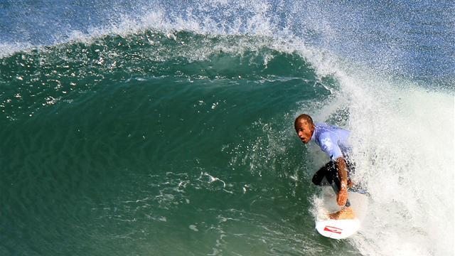 Surfing - Stunning Slater lights up Volcom Fiji Pro