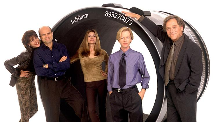 """Just Shoot Me"" Wendie Malick, Enrico Colantoni, Laura San Giacomo, David Spade, George Segal"