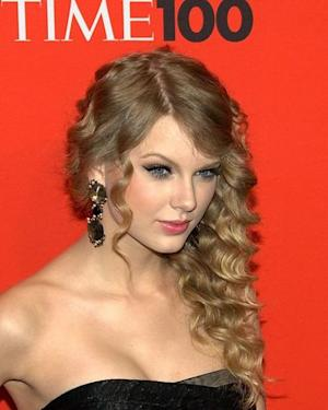 VMA Nomations 2013: Taylor Swift Subtly Disses Kanye West - Was it Necessary?
