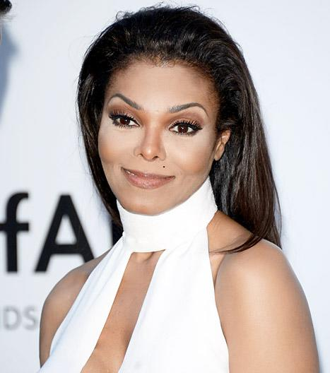 Janet Jackson's Lawyer Demands Retraction From Vanity Fair Over Michael Jackson Burial Story