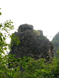Marveling at Komba's mountain history