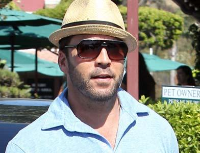 pst Jeremy Piven Coffee Bean