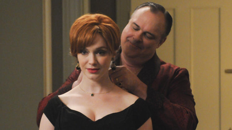 Joan Harris (Christina Hendricks) and Herb Rennet (Gary Basaraba)