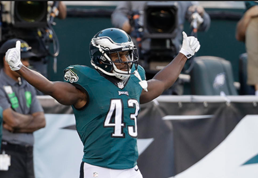 Darren Sproles is still a force when he touches the ball