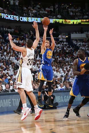 NEW ORLEANS, LA - APRIL 25: Stephen Curry #30 of the Golden State Warriors shoots against the New Orleans Pelicans during Game Four of the Western Conference Quarterfinals during the 2015 NBA Playoffs on April 25, 2015 at the Smoothie King Center in New Orleans, Louisiana. (Photo by Layne Murdoch Jr./NBAE via Getty Images