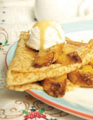CREPES WITH UN-DULCE DE LECHE AND SWEET PLANTAINS