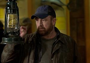 Supernatural Welcomes Back Jim Beaver's Bobby — Will He Fall to Earth?