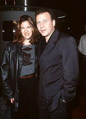 Paul Reiser and his wife at the premiere of Gramercy's Lock, Stock and Two Smoking Barrels