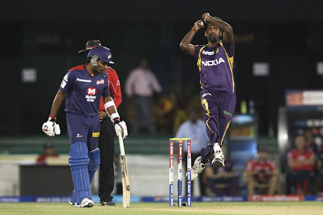 Lakshmipathy Balaji of Kolkata Knight Riders sends down a delivery during match 44 of the Pepsi Indian Premier League between The Delhi Daredevils and the Kolkata Knight Riders held at the Chhattisgar