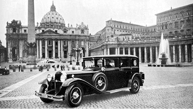 Popemobile 1930
