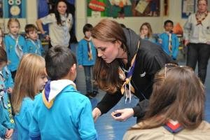 Abdicating Royal Image, Duchess Kate Rocks A Hoodie While Helping Scouts Understand Life With A Disability image badge 300x200