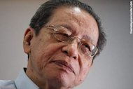 Kit Siang reiterates call for parliamentary committee on MH370 to be set up