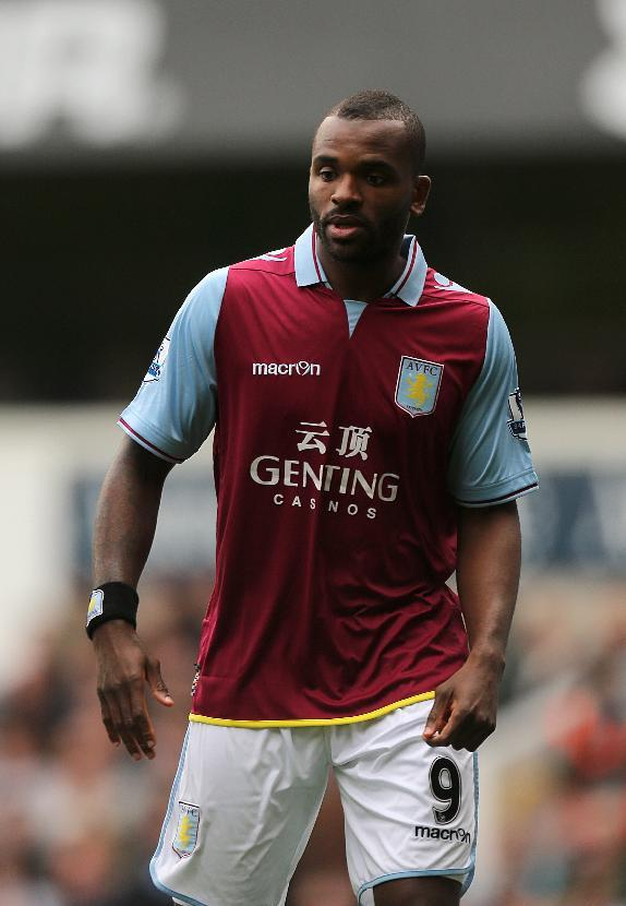 Darren Bent does not need surgery on his injured ankle