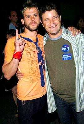 Dominic Monaghan and Sean Astin Best Movie The Lord of the Rings: The Return of the King MTV Movie Awards - 6/5/2004