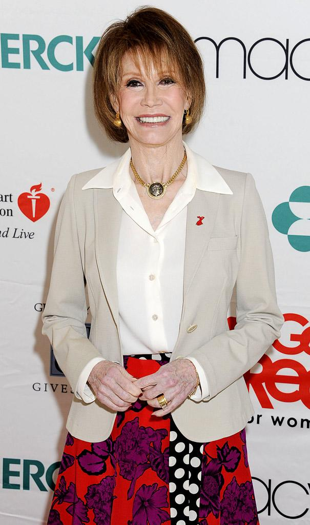 Mary Tyler Moore American Heart AssociationNYC Go Red