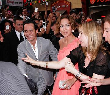 Marc Anthony and Jennifer Lopez at the New York premiere of Picturehouse's El Cantante -7/26/2007 Photo: James Devaney, Wireimage.com