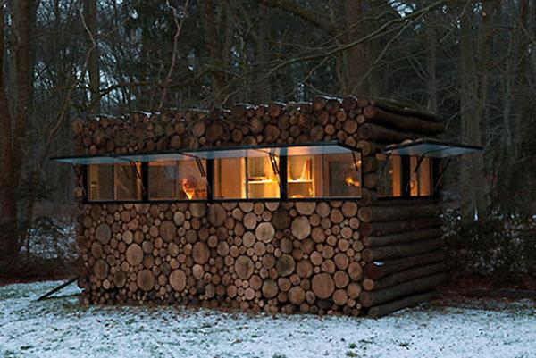 Hidden Log Cabin Office