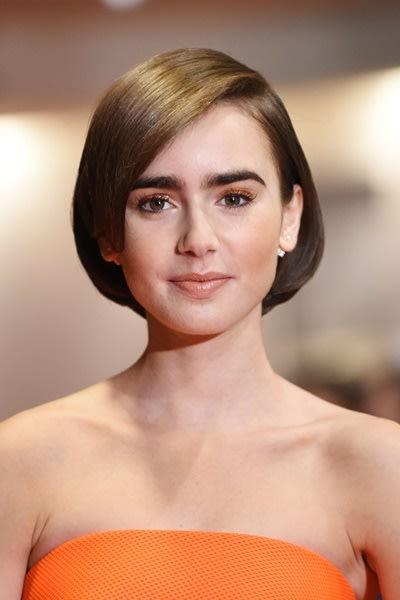 莉莉柯林斯时尚发型盘点 长、短、直、卷全都Hold得住