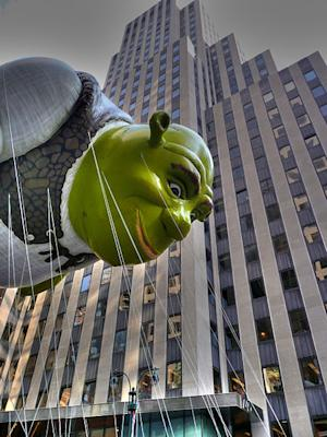 Shrek flies over New York City streets in 2007.