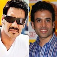 Ajay Devgn And Tusshar Kapoor Performed Aarti On Mauni Amavasya