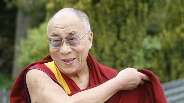 Cricket - England pay visit to Dalai Lama's home