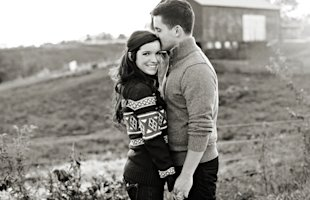 engagement-session-outdoors-maroon-sweater-shoes
