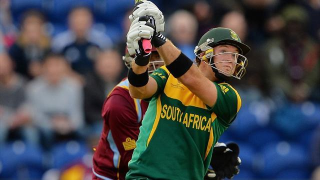 Cricket - South Africa squeeze into Champions Trophy semi-finals