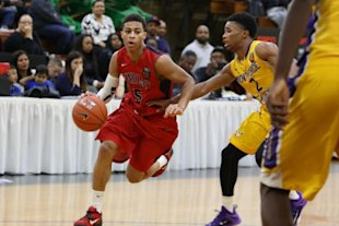 The NCAA seems unconcerned about Derryck Thornton graduating high school early to play for Duke in 2015. (AP)