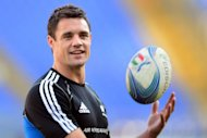 New Zealand All Blacks' fly-half Dan Carter, pictured here on November 16, is surprised England -- who did reach the 2007 World Cup final -- haven't achieved more since Martin Johnson lifted the Webb Ellis Trophy