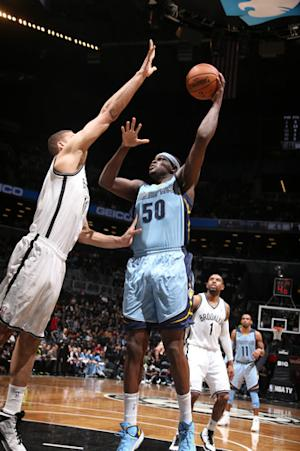 Randolph, Gasol lead Grizzlies over Nets 76-72