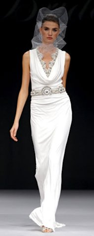 Angelina Jolie's Wedding Gown: Badgley Mischka