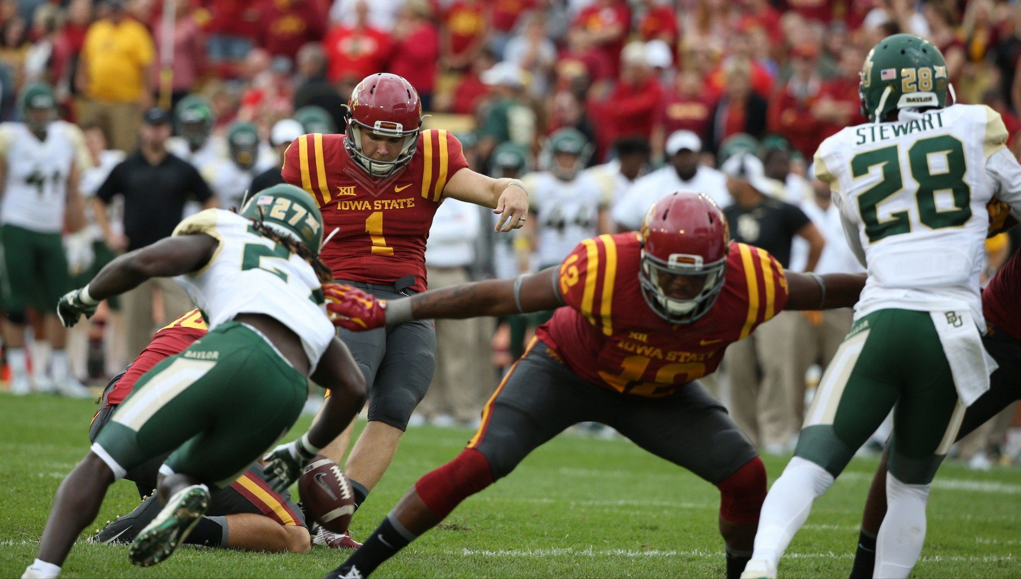 Iowa State kicker Cole Netten was an All-Big 12 selection in 2016. (AP Photo/Justin Hayworth)