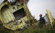 MH17: Ukraine Workers 'Chased Off Crash Site'