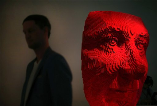 "Exposición ""The Art of The Brick"", de Nathan Sawaya, en Singapur. / Foto: AP"