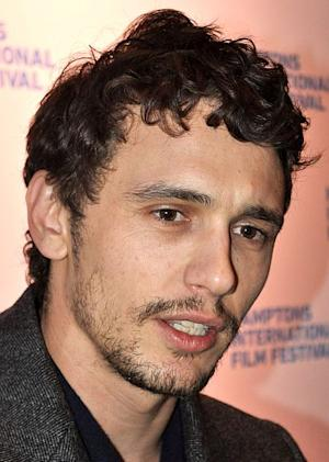 James Franco, nothing but sexy and nerdy!