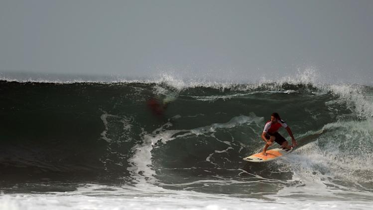 EL SALVADOR-TOURISM-SURFING