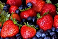 https://media.zenfs.com/en-US/blogs/partner/food-berries.jpg