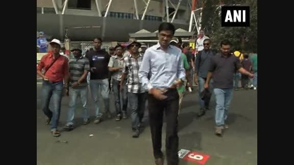 Sachin Tendulkar's dismissal disappoints Indian cricket fans