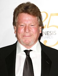 Ryan O'Neal doesn't know where son Griffin is imprisoned