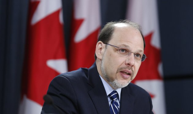Canada's Correctional Investigator Howard Sapers speaks during a news conference upon the release of his report in Ottawa November 26, 2013. REUTERS/Chris Wattie (CANADA - Tags: POLITICS)