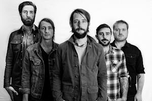Band of Horses Unveil 'Acoustic at the Ryman' - Album Premiere