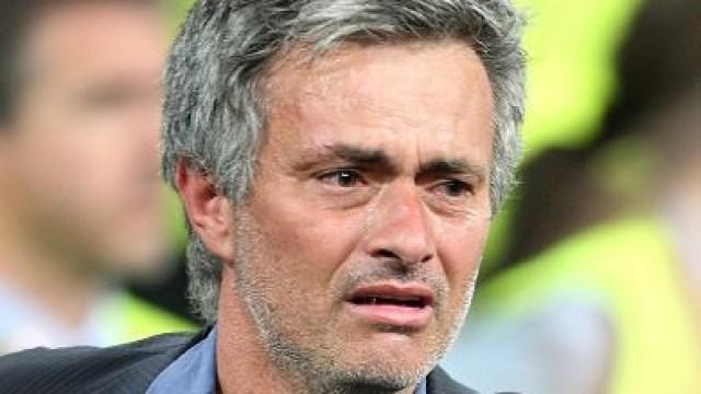 Premier League - Mourinho 'raged and cried' at Moyes getting United job